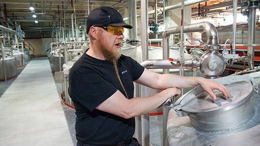 Koskenkorvan viina syntyy Lean Systemin voimalla